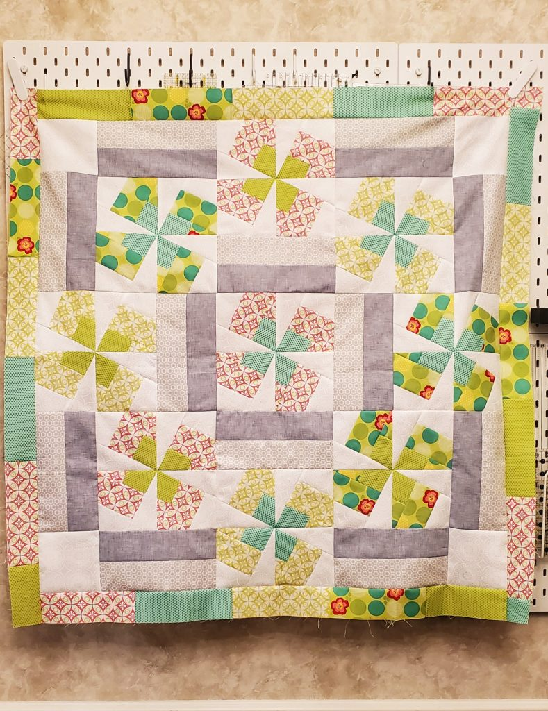 Twirling Posies Quilt Pattern