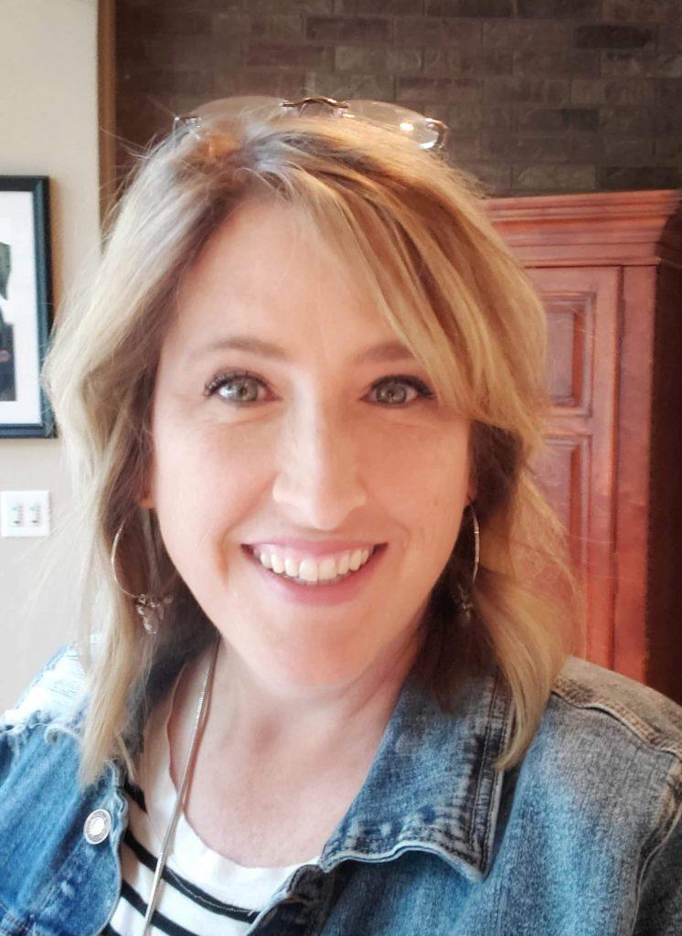 Erin Standage quilting rebel