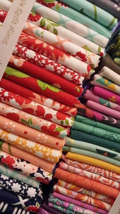 Fabric bundles for quilting