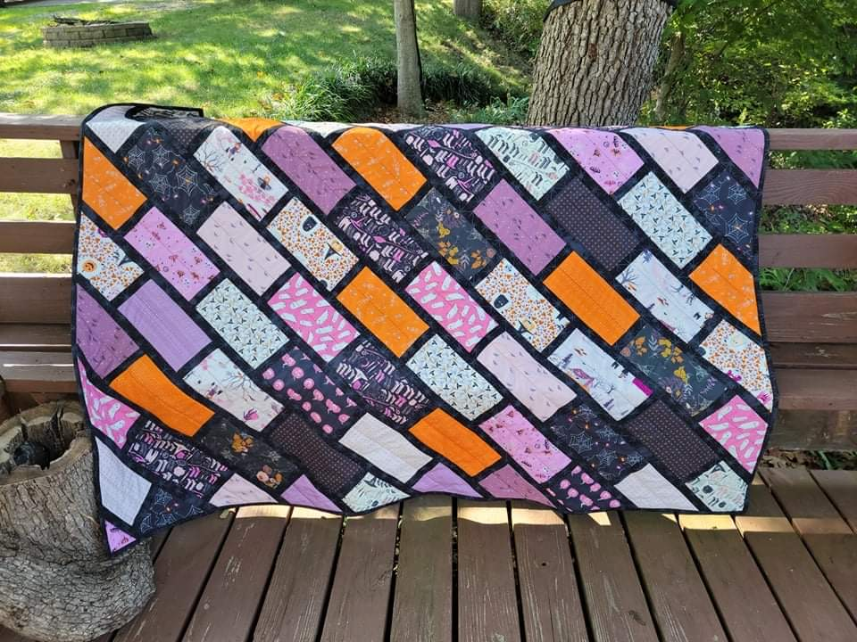 free quilt pattern review of Cobblestone Street